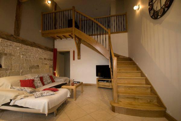 escaliers bois menus. Black Bedroom Furniture Sets. Home Design Ideas